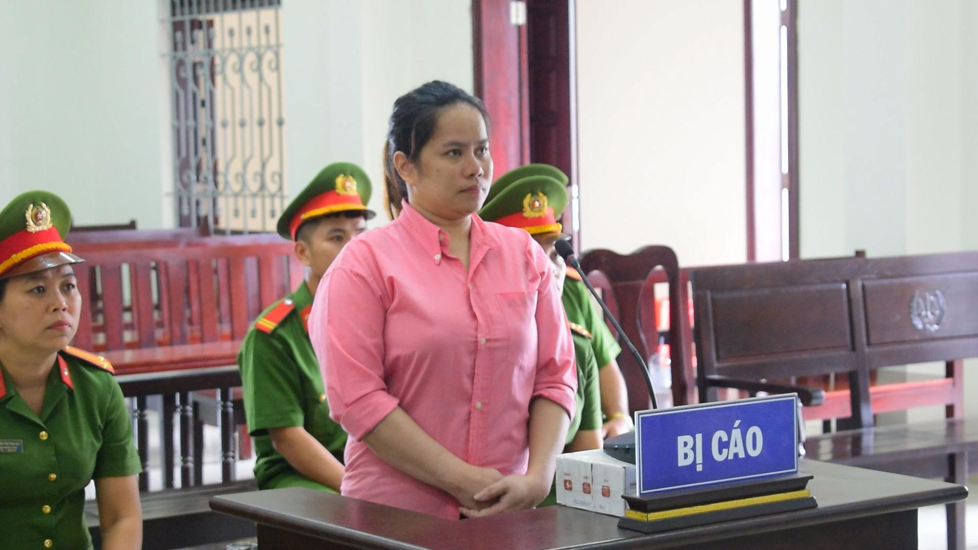 Án tử cho người phụ nữ Philippines vận chuyển gần 5kg ma túy