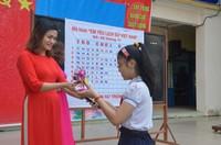 Học sinh hào hứng với mô hình Em yêu lịch sử Việt Nam