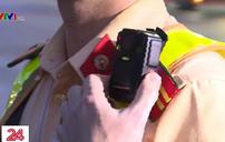 CSGT sử dụng camera chuyên dụng trong thi hành công vụ