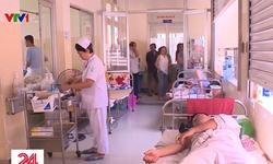 Nhiều người lớn mắc sốt xuất huyết phải nhập viện