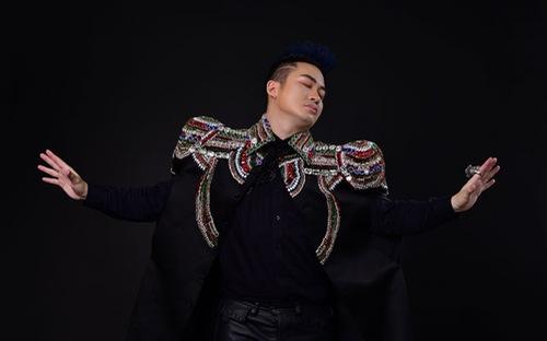 """Ca sĩ Tùng Dương ra mắt album """"nguyên bản"""" thứ 5 mang tên """"Human"""""""