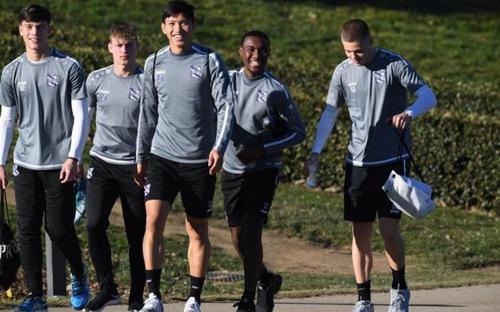 Transfermarkt tiết lộ Văn Hậu hết hợp đồng ở Heerenveen