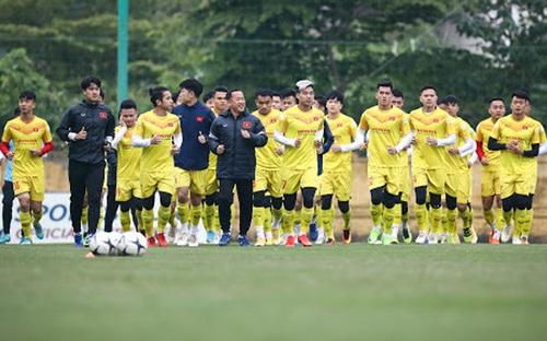 ĐTVN tập trung tại Hà Nội, hủy kế hoạch tập huấn ở Quy Nhơn