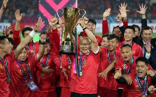 Tuyển Việt Nam rộng cửa bảo vệ ngôi vô địch AFF Cup tại Singapore